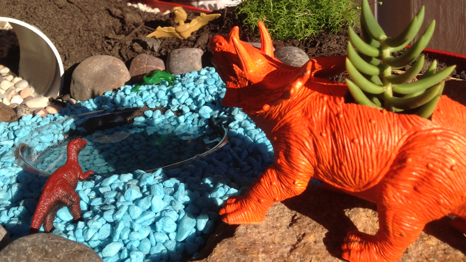 An easy dinosaur garden to make this weekend