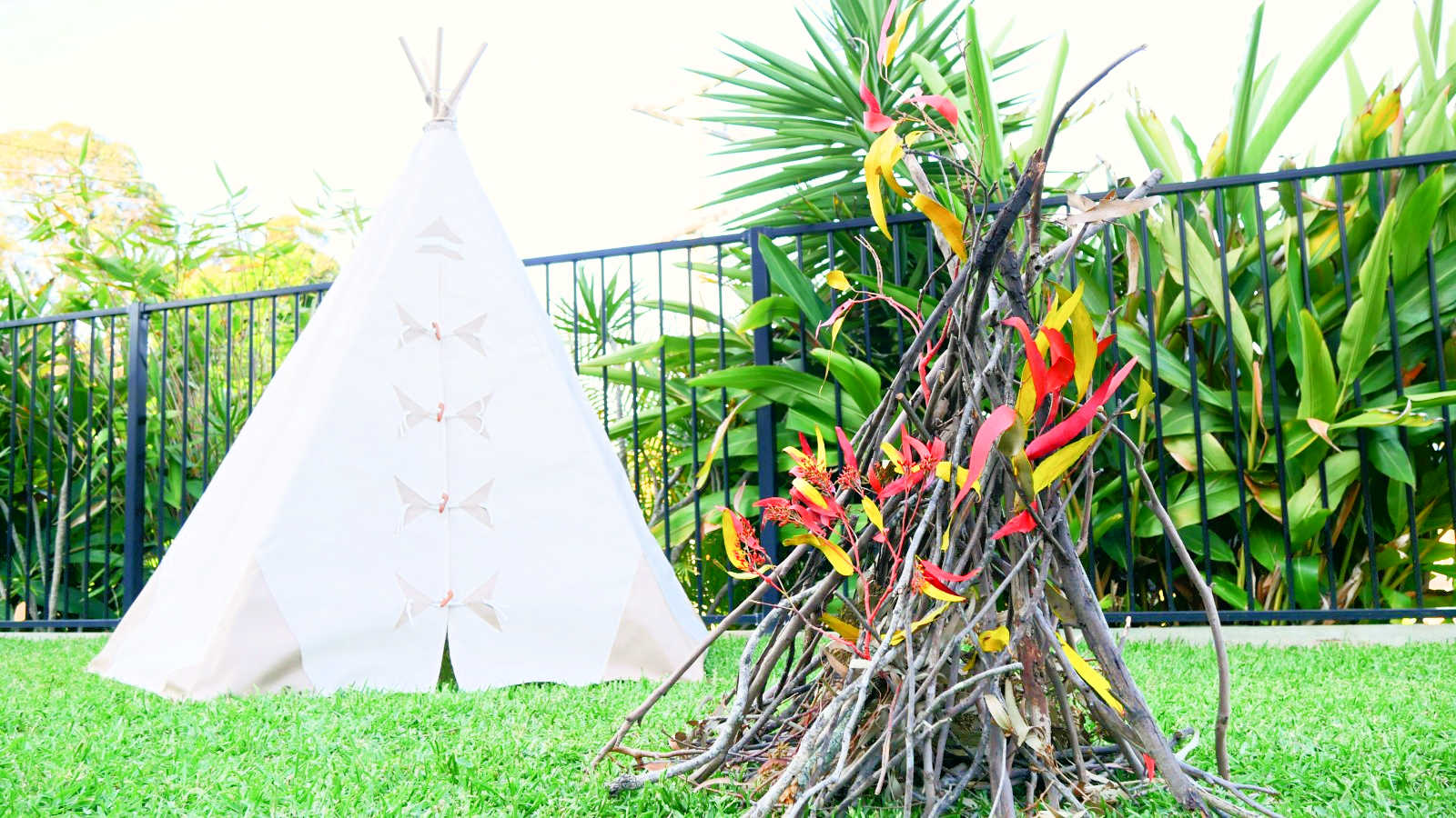 teepee-party-nature-play-main
